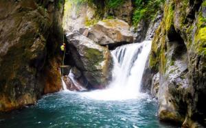 barranco_gedres_barranquismo_canyoning_descente_canyon_pirineos_hautes_pyrenees_menditxik_guias_montana_6