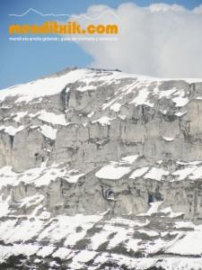 13-Urbasa_Andia_Zeharkaldia_Travesia_Montana_Mendia_Euskal_Herria_Pais_Vasco_Pays_Basque_Basque_Country_Menditxik_Mendi_Arroila_Gidariak_Guías_montaña_barrancos_mountain_canyon_guide_montagne_canyon_guides