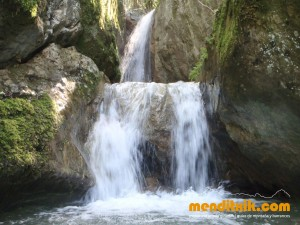Barranco Diablozulo ixostia Arroila