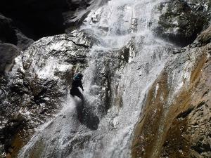 Barranquismo_Barranco_Estribiella_valle_de_echo_selva_oza_menditxik_mendi_arroila_gidariak_guias_montana_barrancos_canyoning_mountain_guides_euskal_herria_euskadi_pais_vasco_basque_country_txiki14