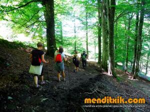 Camino_Ignaciano_Inaziotar_Bidea_senderismo_trekking_euskadi_pais_vasco_azpeitia_loyola_la_antigua_zumarraga_arantzazu_menditxik_guias_montana_mendi_gidariak_5