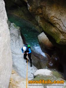 170607 fago barranquismo arroila canyoning pais vasco navarra nafarroa euskadi euskal herria menditxik mendi gidariak guias montaña barrancos 11