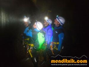 171027 Leze barranquismo descenso barrancos canyoning pais vasco euskadi navarra nafarroa menditxik guia montaña mendi arroila gidariak 4
