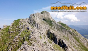 Udalaitz Udalatx menditxik minas mehatzeak mendi arroila gidariak guías montana barrancos 11